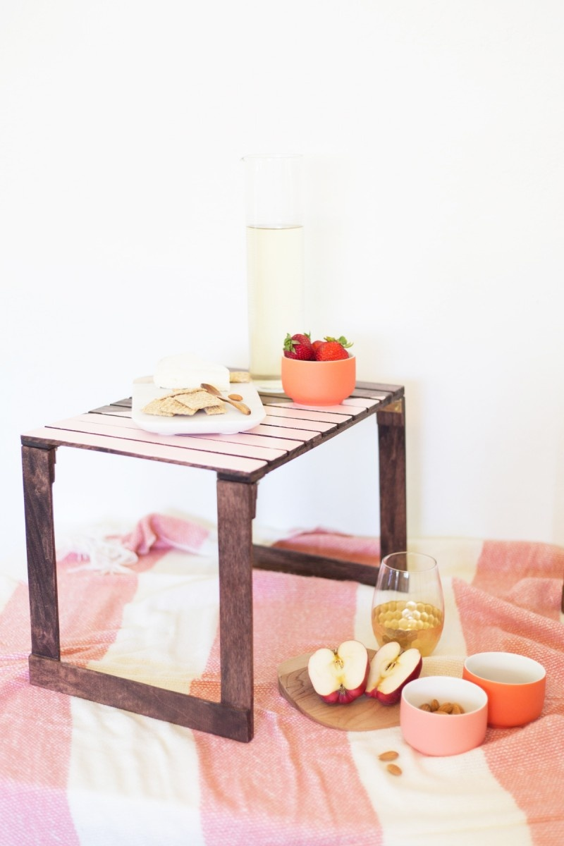 Picture Of cute and pretty diy mini picnic tables  4