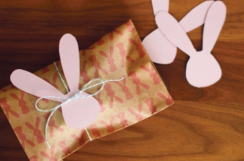 11 cute diy easter gift wraps boxes and tags shelterness easter wrap via littlemonsterbaby negle Choice Image