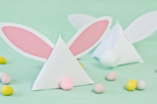 paper bunny treat pouches (via thesweetestoccasion)