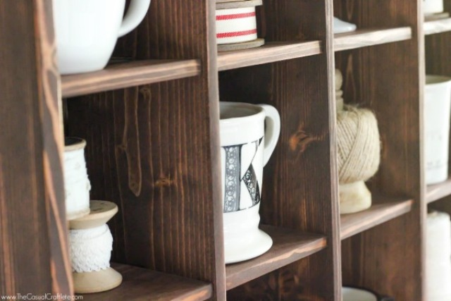 Picture Of cute diy mahogany cubby organizer  6