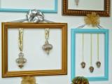 cute-diy-ornament-frames-to-bring-a-festive-mood-6