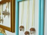 cute-diy-ornament-frames-to-bring-a-festive-mood-8