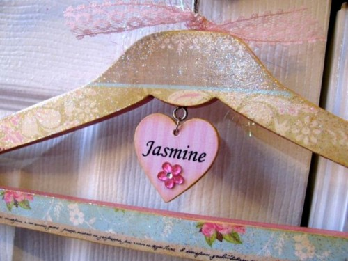 Cute Diy Personalized Hanger For Girls
