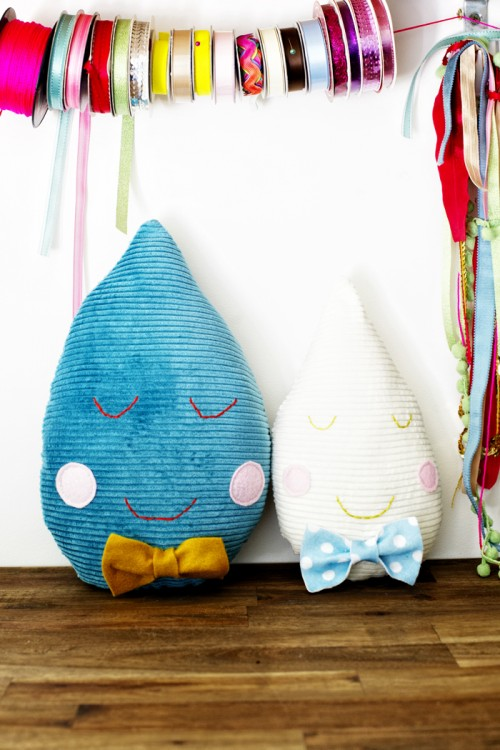 Cute DIY Raindrop Cushions