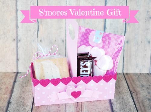 s' mores Valentine gift (via apumpkinandaprincess)