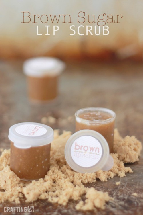 brown sugar lip scrub (via styleoholic)