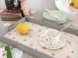 cute-diy-wallpaper-breakfast-tray-6
