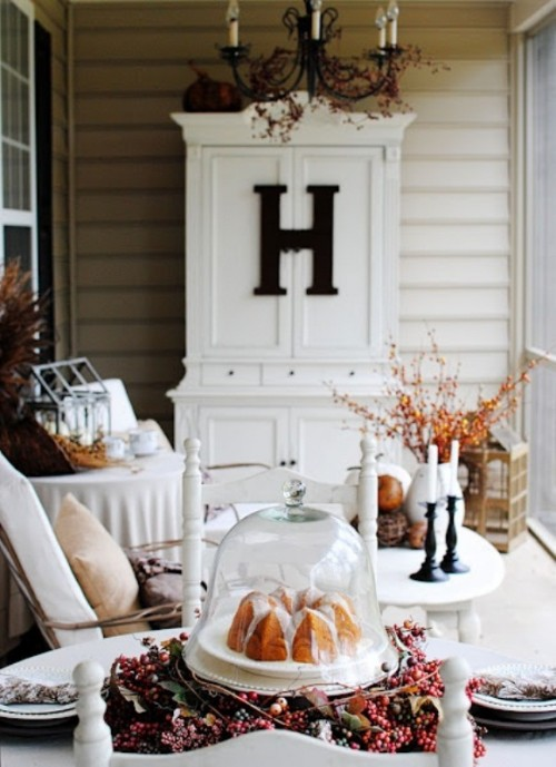 70 Cute And Cozy Fall And Halloween Porch D 233 Cor Ideas