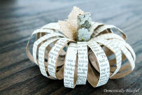Cute Glam DIY Paper Roll Pumpkins