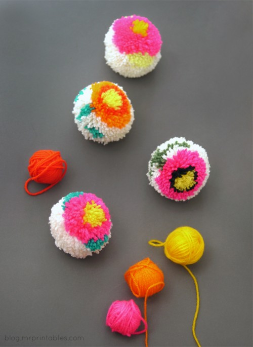 flower pompoms (via blog)