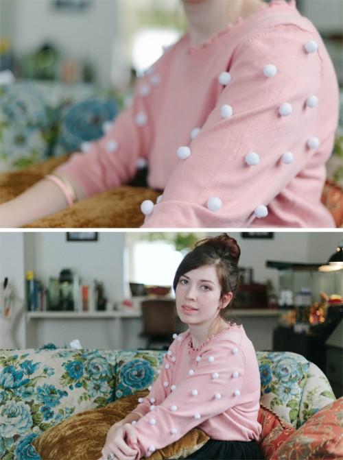 cute pompom sweater (via strawberrykoi)
