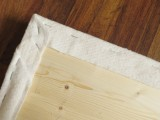 cute-yet-simple-diy-uphosltered-bench-4