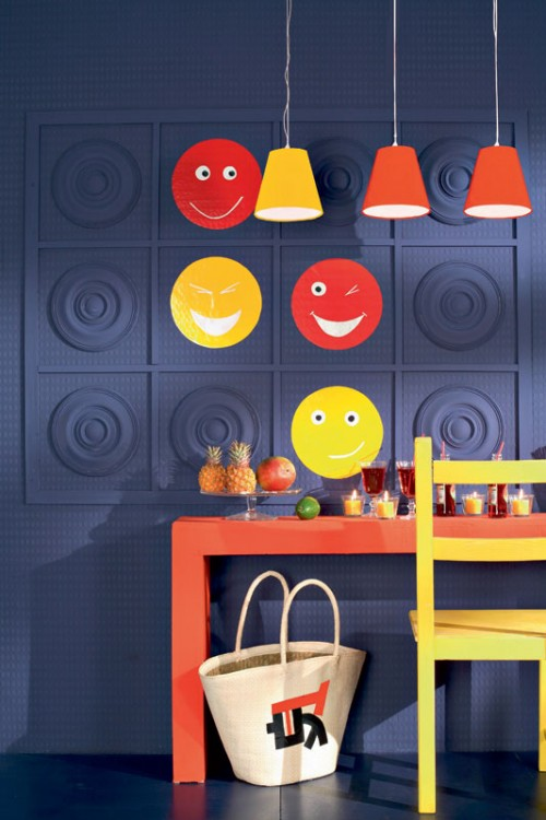 Decorate Wall With Smiles And Rossets