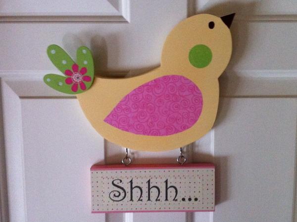 Decorating kids room with birds shelterness - Room door decoration ideas ...