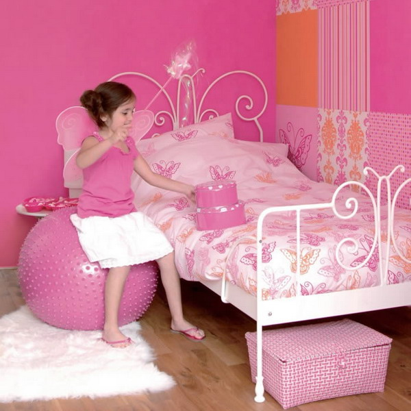 Picture of decorating kids room with butterflies - Childrens pink bedroom ideas ...
