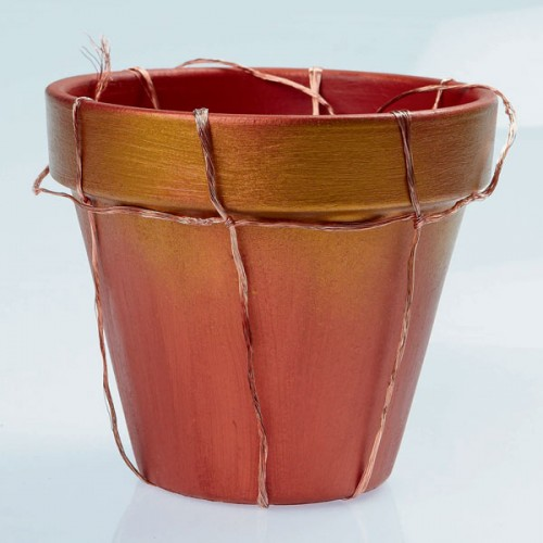 Decorating Terra Cotta Pots With Paint And Wire