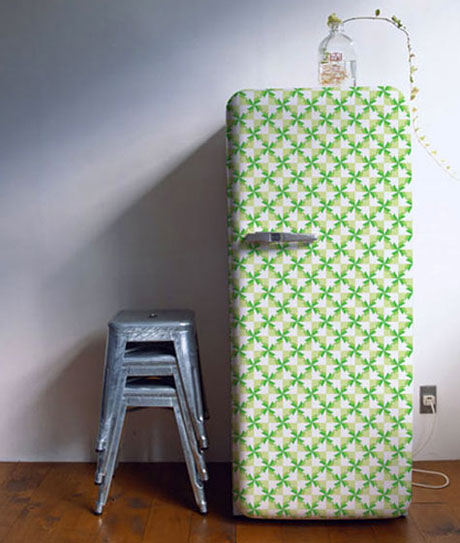 Decorating refrigerator with wallpaper 1