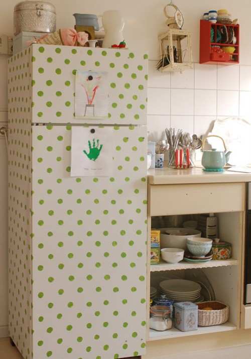 Polka dots refrigerator decor