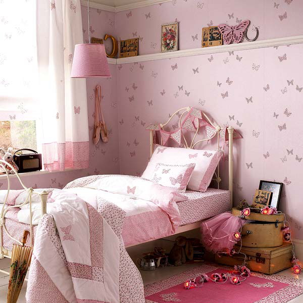 pink butterfly wallpaper and matching bedding will make your daughter's bedroom really fairy like and chic