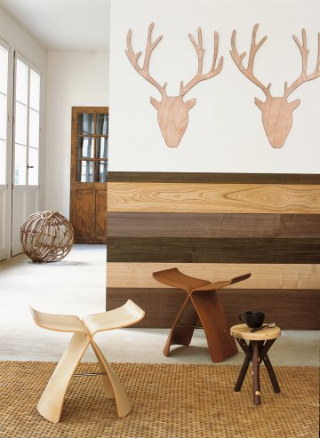 Decorating Walls With Natural Wood