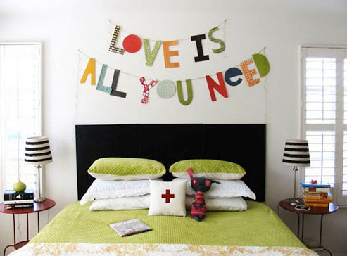 25 Ideas To Decorate With Words