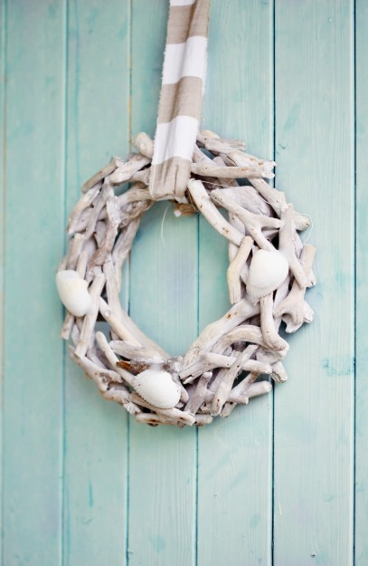 cottage seashell wreath