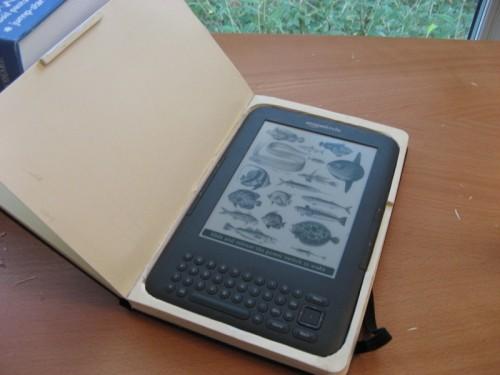 DIY Moleskine Kindle Case