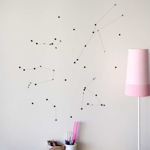 constellation accent wall  (via southbynorth)