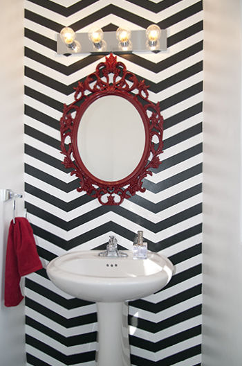 chevron bathroom accent wall (via hometalk)