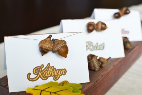 acorn place cards (via sweetsociety)