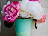 Diy Acqua Colored Vase Of A Glass