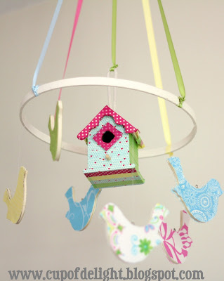 pastel bird mobile (via cupofdelight)