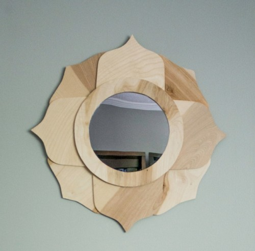 DIY Anthropologie-Inspired Mirror Of Birch Plywood