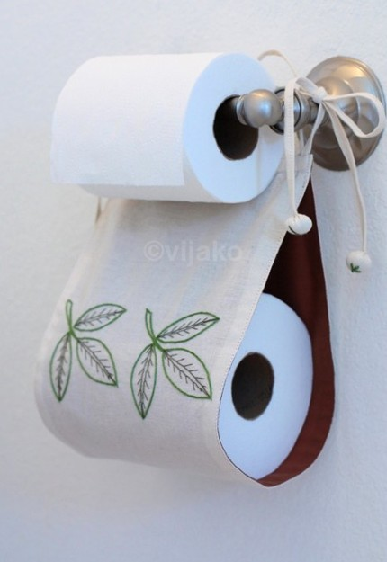 DIY Backup Toilet Roll Storage