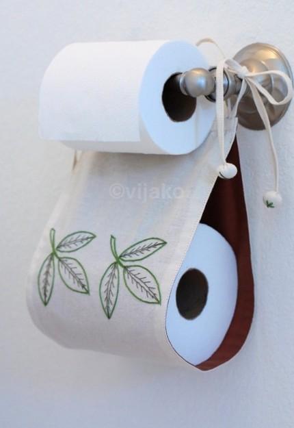 DIY Backup Toilet Roll Storage