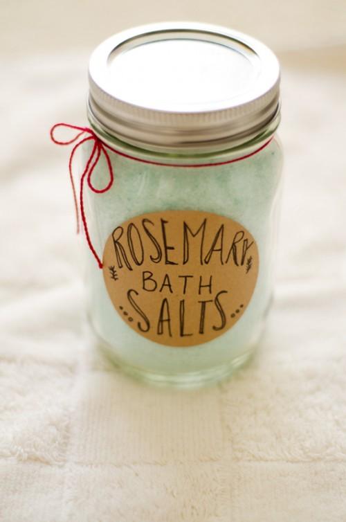 rosemary bath salts (via soletshangout)
