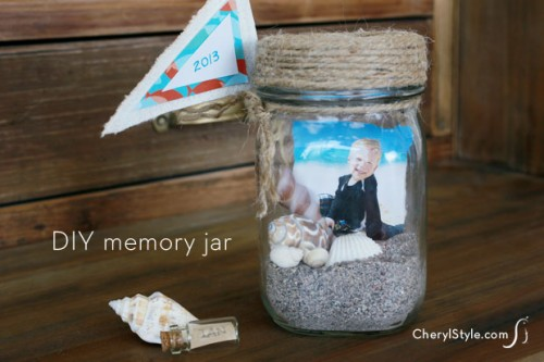 nautical vacation jar (via cherylstyle)