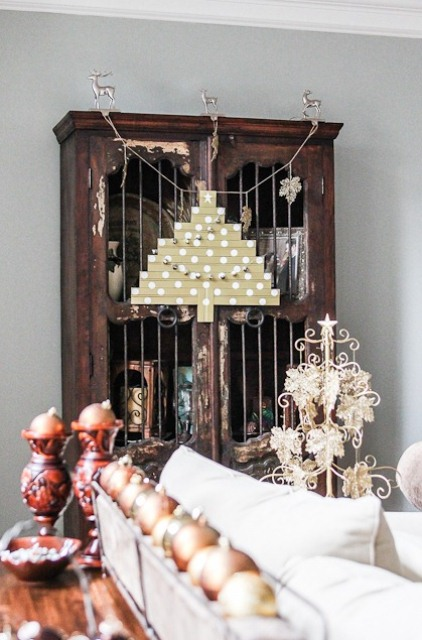 DIY Bead Board Crhsitmas Tree