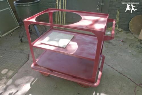 old metal cart into a big green egg table (via oldhousecrazy)