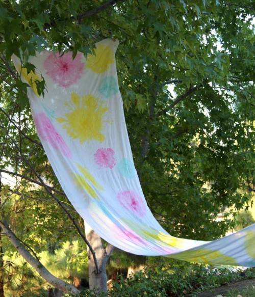 boho fabric shade (via apieceofrainbow)
