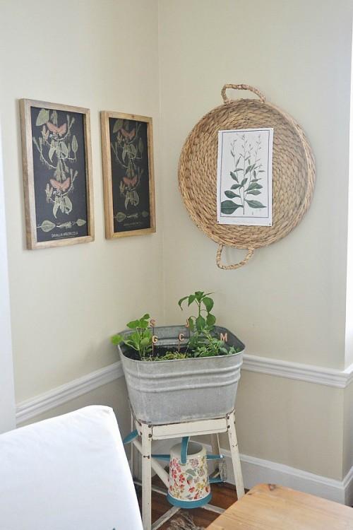 botanical basket wall art (via lizmarieblog)