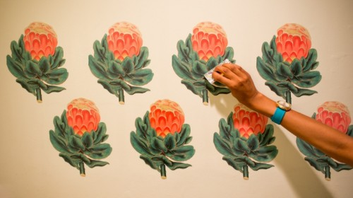 vintage botanical wall decals (via thehorticult)