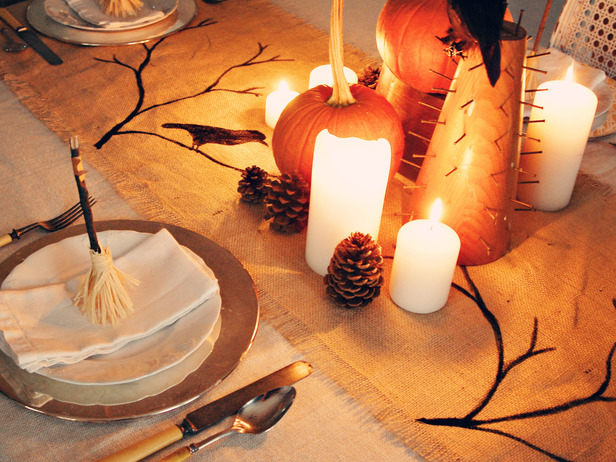 Diy Burlap Halloween Table Runner