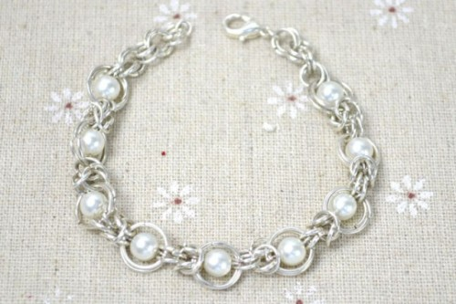 Diy Byzantine Chainmail Bracelet With Pearl Beads