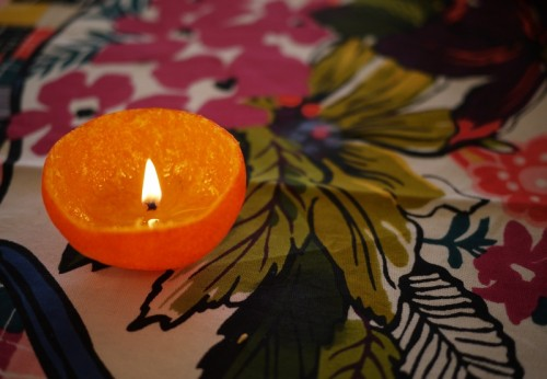 DIY Candles Of Oranges With Oil