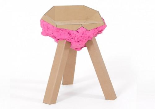 DIY Stool Made of Cardboard And Foam