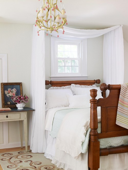 5 diy ceiling mounted bed canopies shelterness - What to hang over bed ...