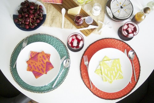 Diy Chain Trimmed Placemats For Cool Table Decor