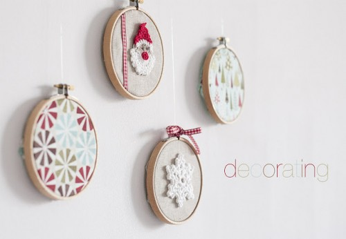 DIY Christmas Crochet Hanging Decorations | Shelterness
