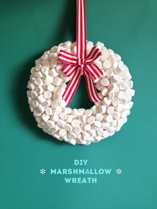 marshmallow wreath (via thesweetescape)